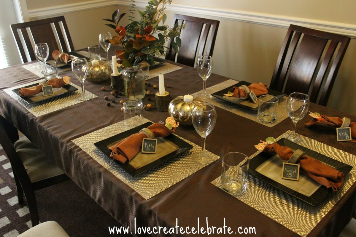 Rustic Thanksgiving Table Setting - Love Create Celebrate