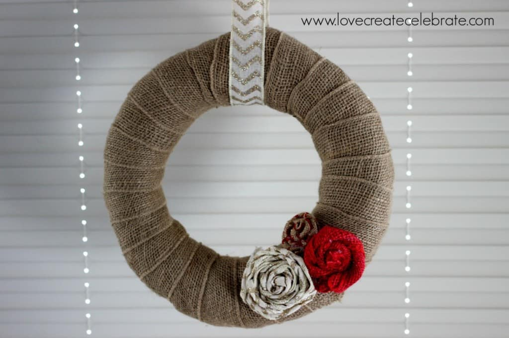 Simple burlap wreath love create celebrate for What can i make with burlap