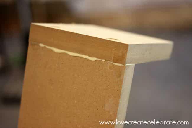 glue frames
