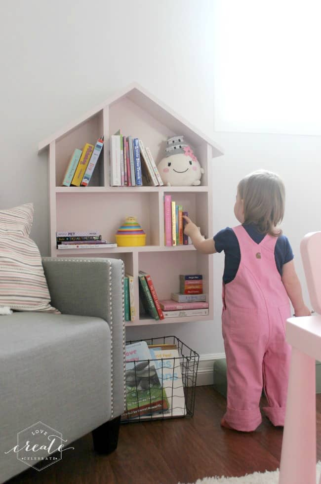 Great We Painted Our Bookshelf With A Very Soft Pink U2013 Behru0027s Vienna Lace U2013 Which  Was Perfect For Our Daughteru0027s Big Girl Bedroom!