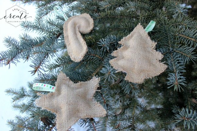 These simple burlap ornaments are an easy sewing project