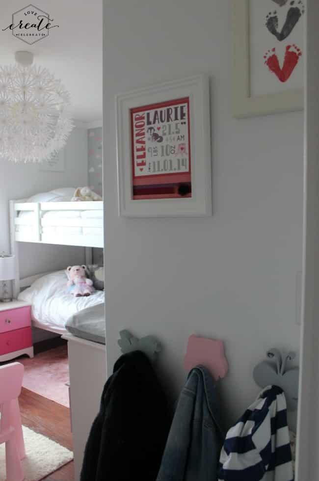 hooks bedroom