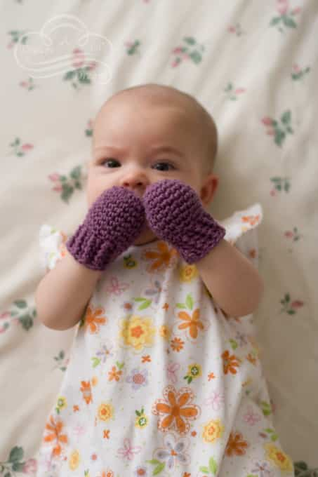 Baby mittens keep those adorable little hands nice and warm - perfect accessories for a baby girl