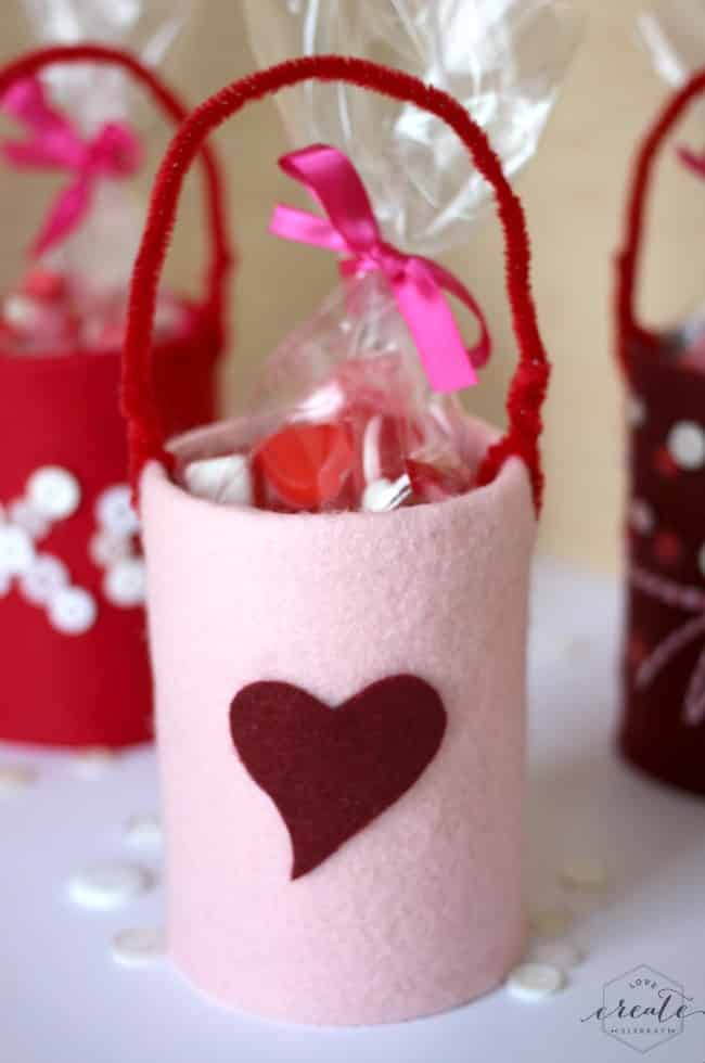 These adorable tin cans are the perfect craft for kids - they make great candy holders!