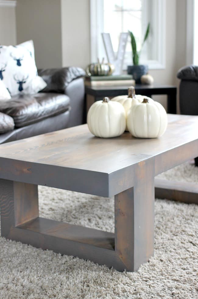 Warm and inviting decor ideas for autumn in the living room