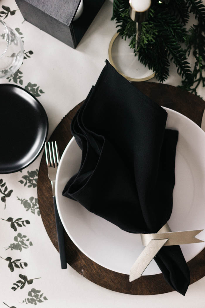 DIY Chargers (for any tablescape)