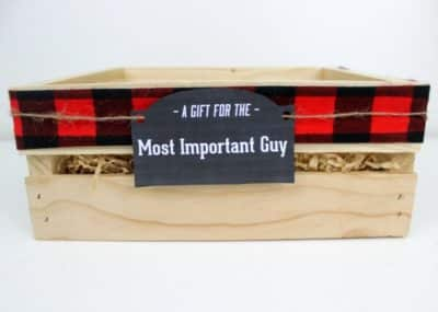 Instead of gift baskets, why not opt for the more manly Gift Crate?! The perfect crate for any guy on your list, plus an amazing list of suggestions!