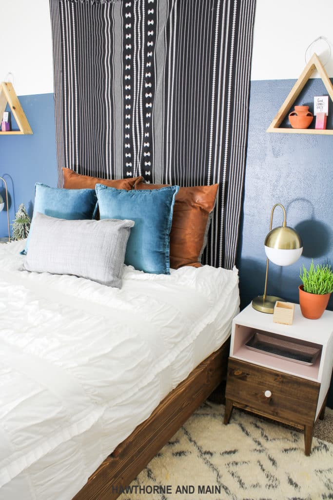 diy-mid-century-modern-bed_-6