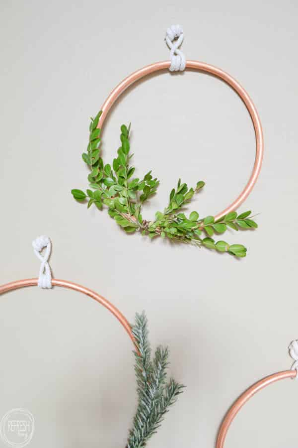 copper-tubing-wreath