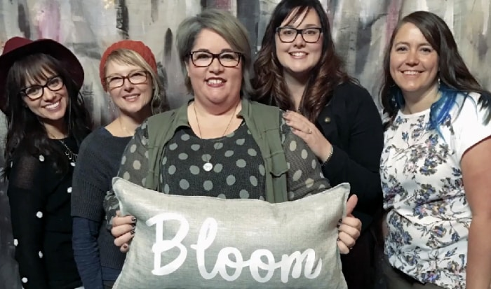 This fabulous group of bloggers loves their Cricut Explore Air 2 to make DIY home decor!