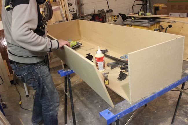 Constructing the MDF box for the built-in shelving unit