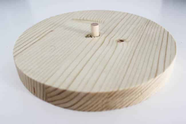 Wood circle and dowel for hooks