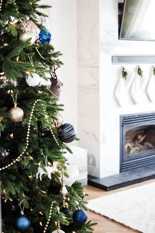 Your christmas tree can look like it came straight from the best home decor magazines with these designer tips
