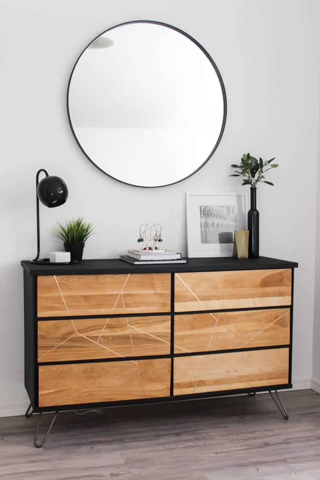 This beautiful DIY dresser makeover looks as good as new and makes a perfect addition to our modern style master bedroom