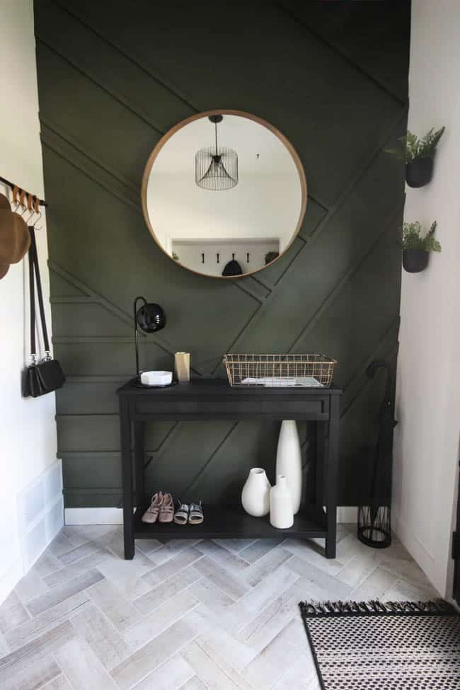Love this stunning modern entryway makeover!