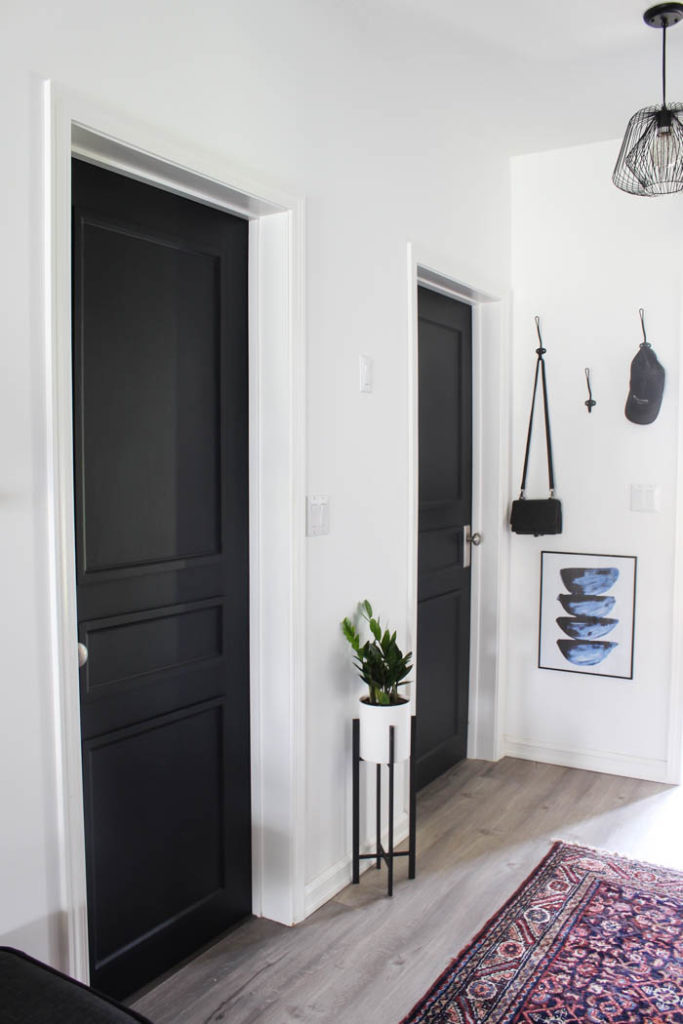 A Brand New Interior Door Design To Complete Our Modern Hallway