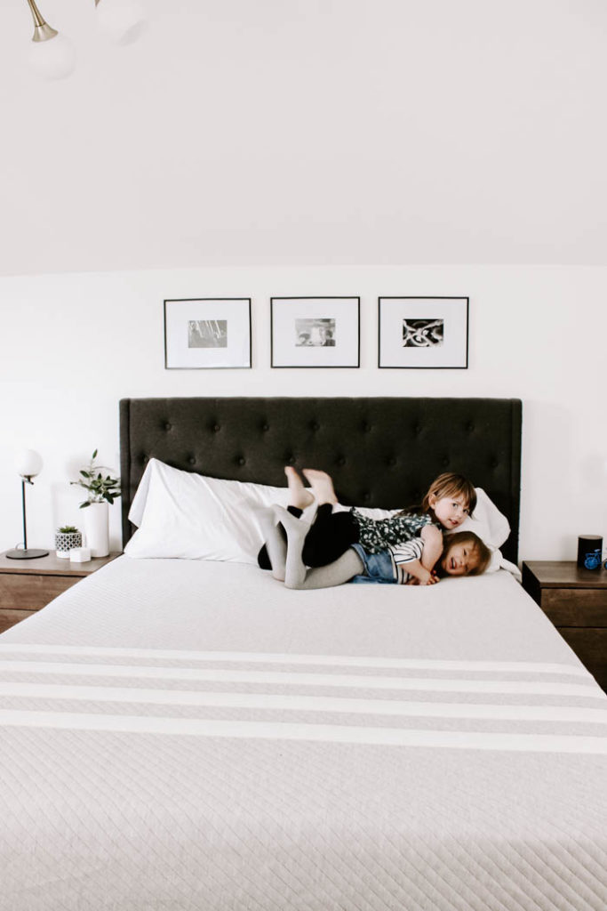 Our most comfortable mattress yet! We can't believe how well we slept after just one night on this new Leesa mattress! If you're looking for a foam mattress in a box, check out this Leesa mattress review first! #sleep #bedroom #modernbedroom