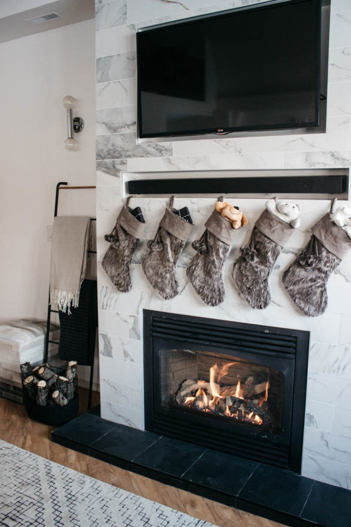 Love the added personalized decor in this home! Get ready for the holiday season with your own personalized Christmas mats, stockings, ornaments, toys, and so much more! #modernChristmas #Christmasdecor #personalization