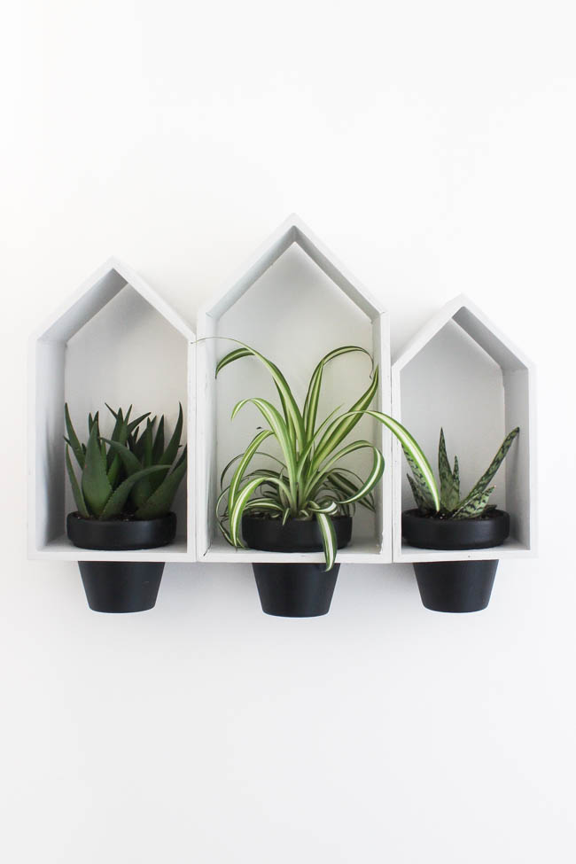 hanging wall planter using mini houses