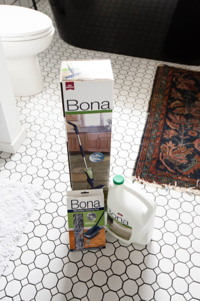 Bona floor tile cleaner for bathrooms