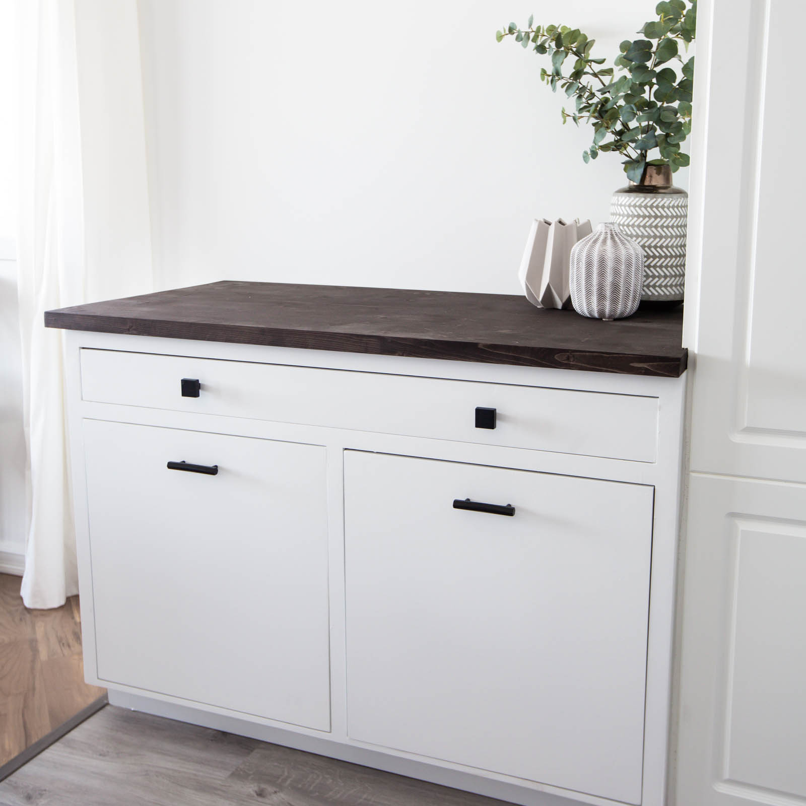 diy pull out trash can cabinet love create celebrate. Black Bedroom Furniture Sets. Home Design Ideas