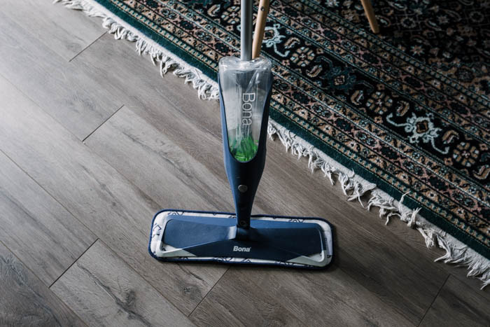 spray mop on laminate floors