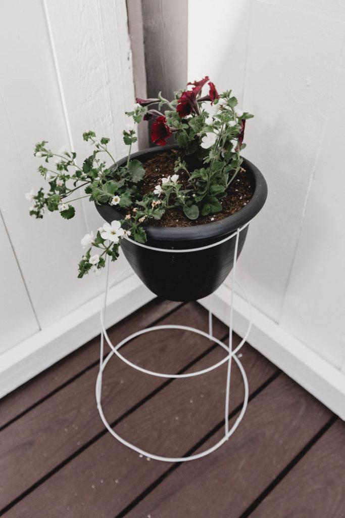 standing deck planter