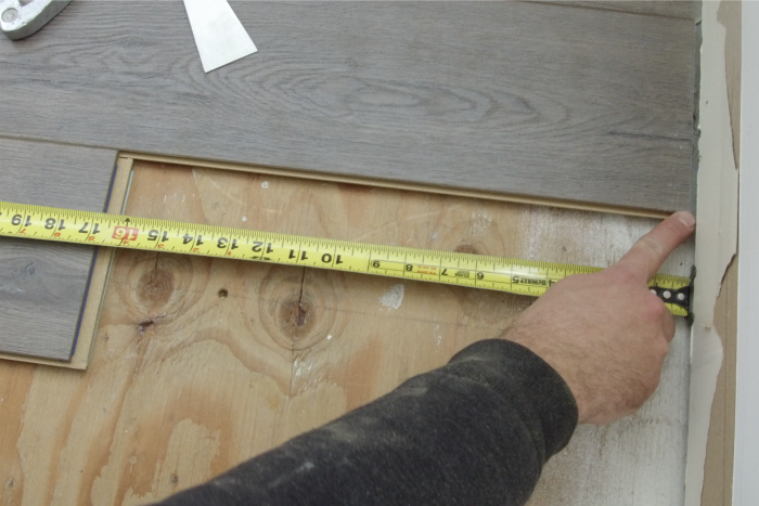 showing how to measure and install laminate flooring
