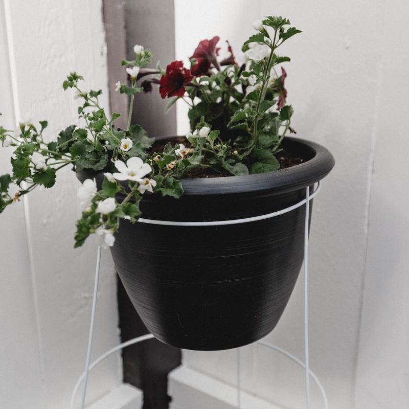 Standing Planter Pot