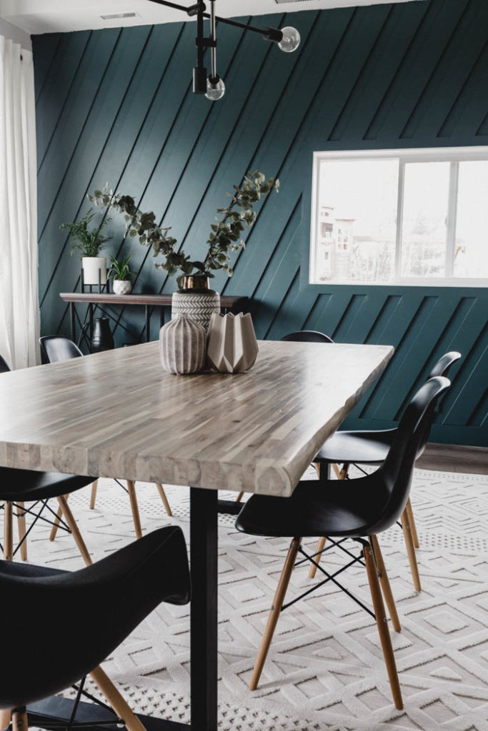dining room with midnight in NY paint by Behr