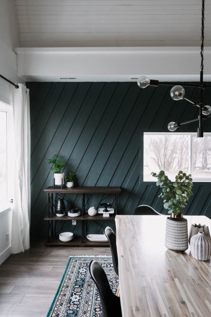 deep green accent wall
