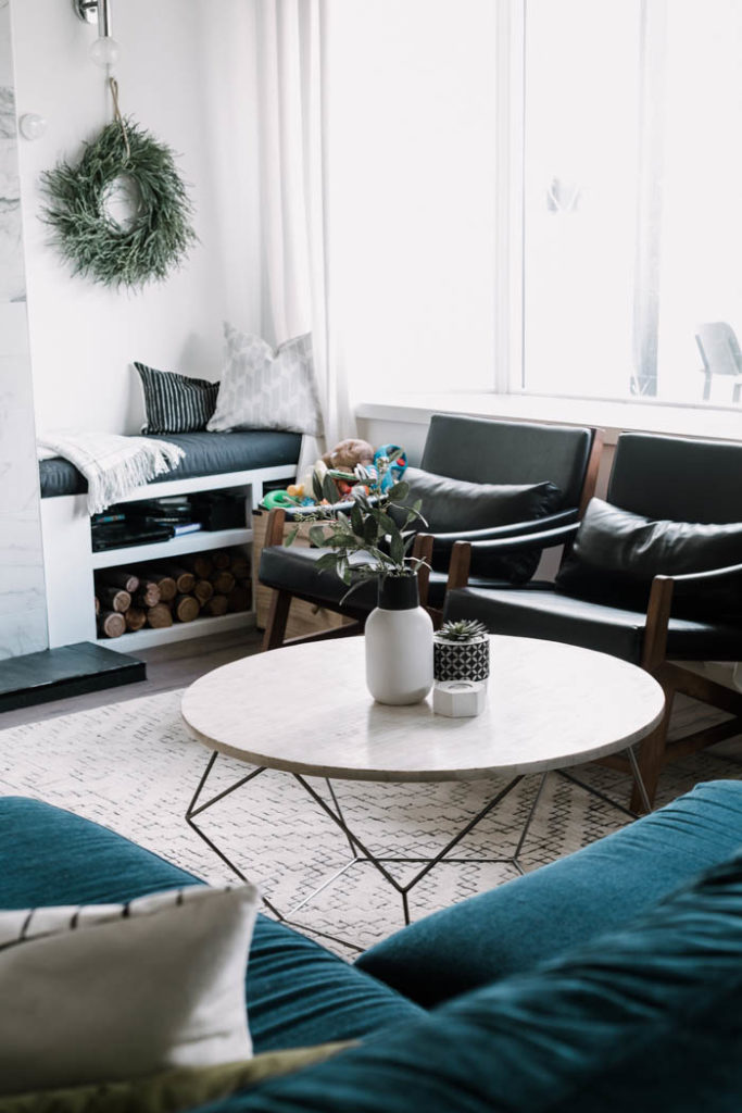 white rug and blue couch summer decor