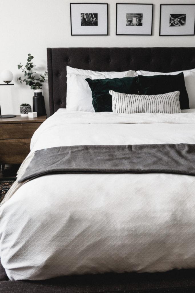 modern bed linens