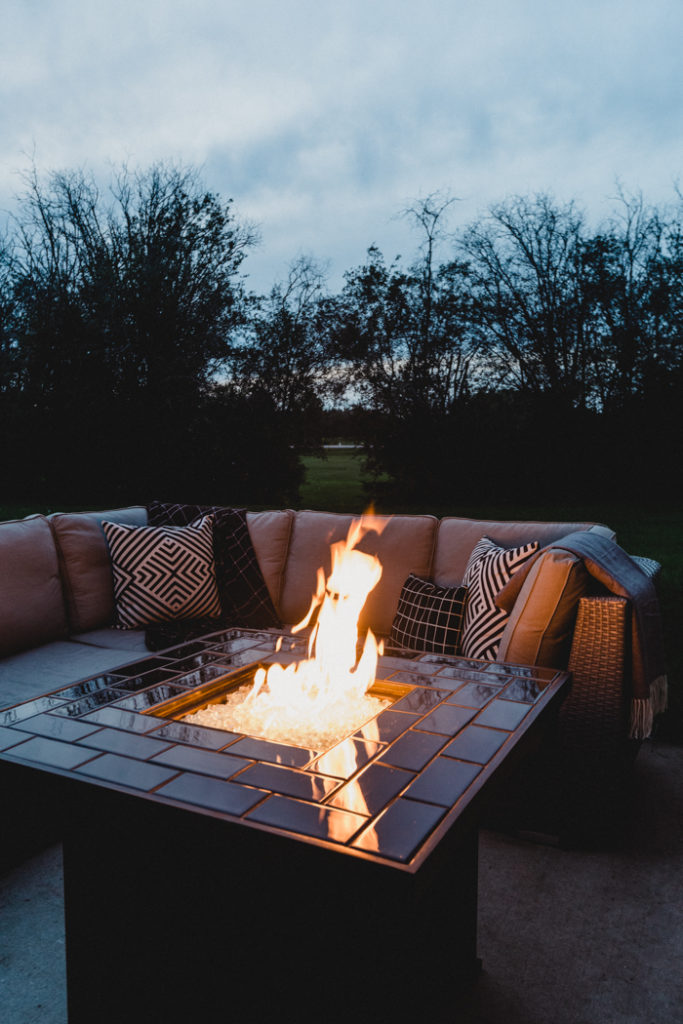 Gorgeous DIY fire pit in backyard