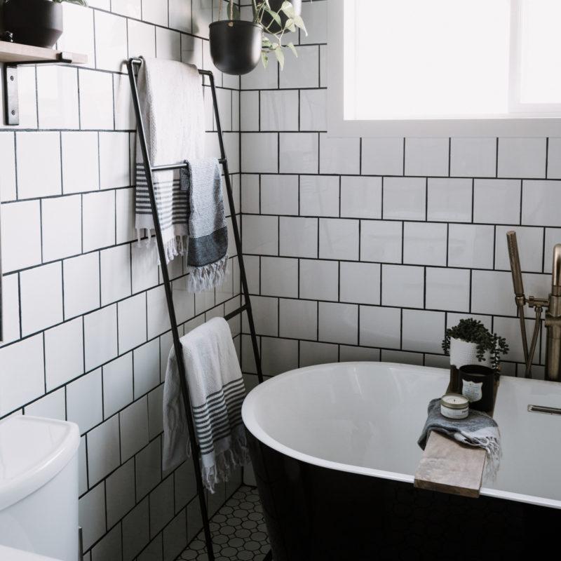 DIY Towel ladder for the bathroom