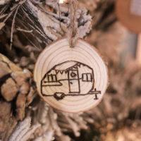 DIY Wood Burned Log Slice Ornaments