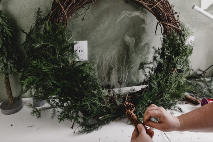 how to add pinecones to wreaths
