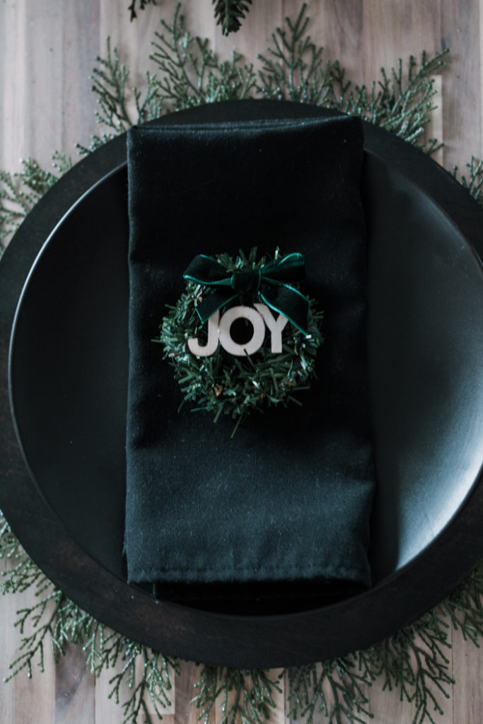 Beautiful modern Christmas place setting