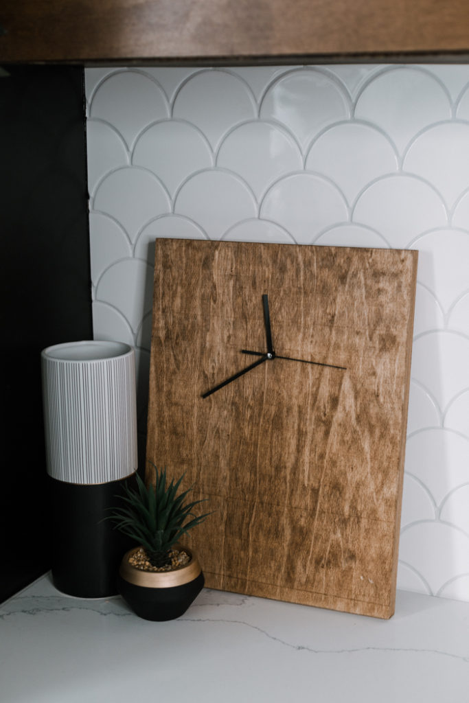 modern wood clock DIY