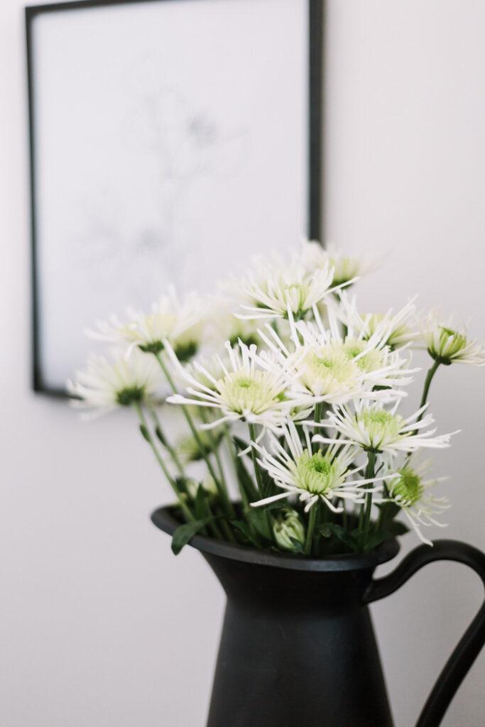 white flowers in bedroom