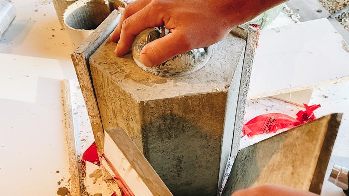 how to make a DIY concrete planter mold
