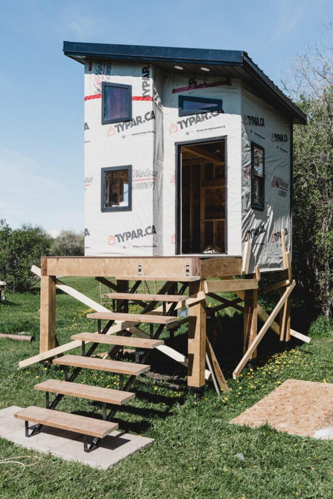 raised modern playhouse design
