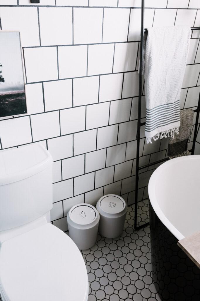 Bathroom recycling bins
