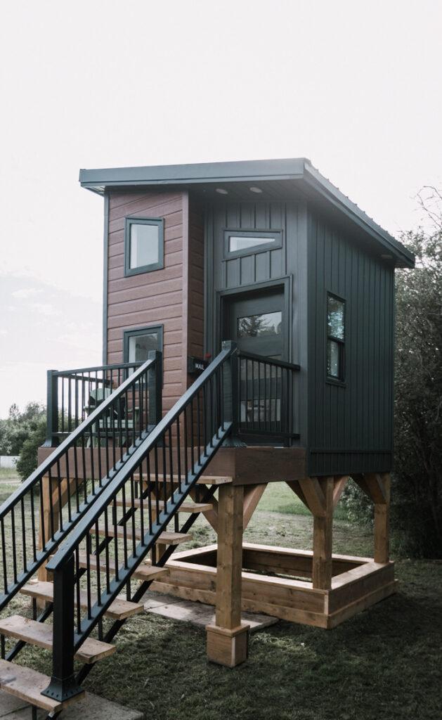 gorgeous modern playhouse design