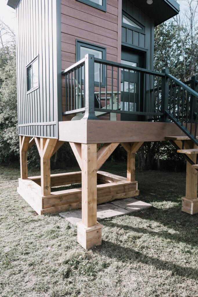 modern kids DIY playhouse with sandbox underneath