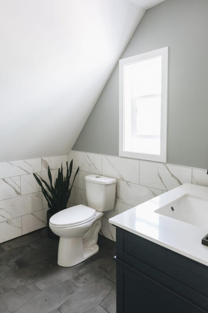 beautiful modern farmhouse bathroom
