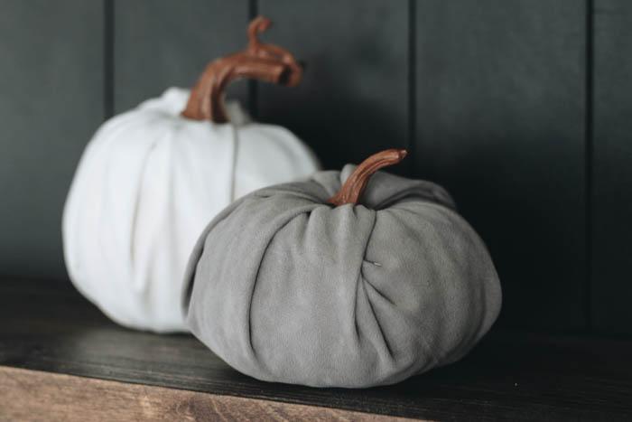 fall velvet pumpkin DIY