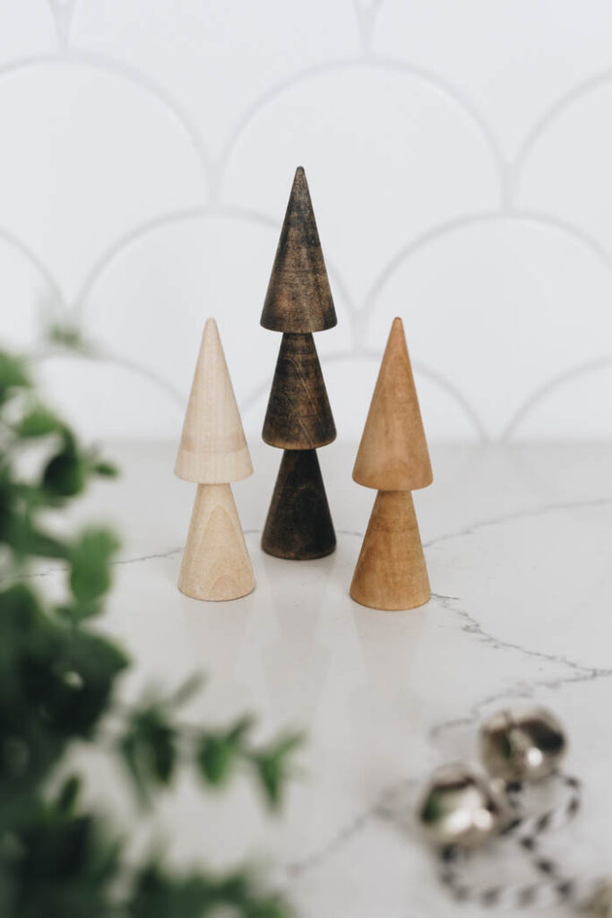Easy wooden tree decor
