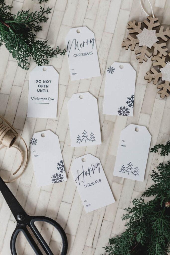 Free minimal design gift tags