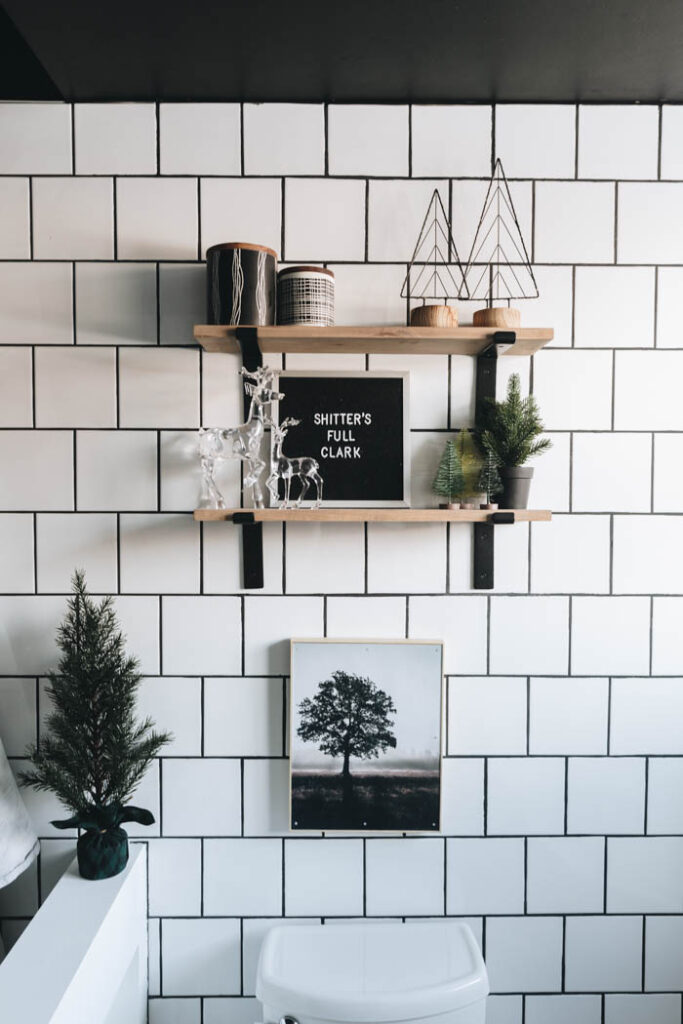 Christmas Bathroom Shelves and Letterboard